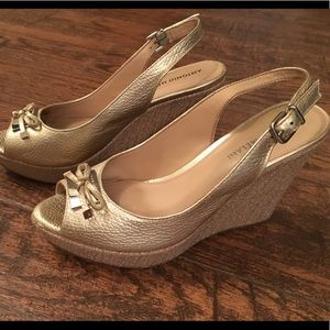Antonio Melani gold wedges!